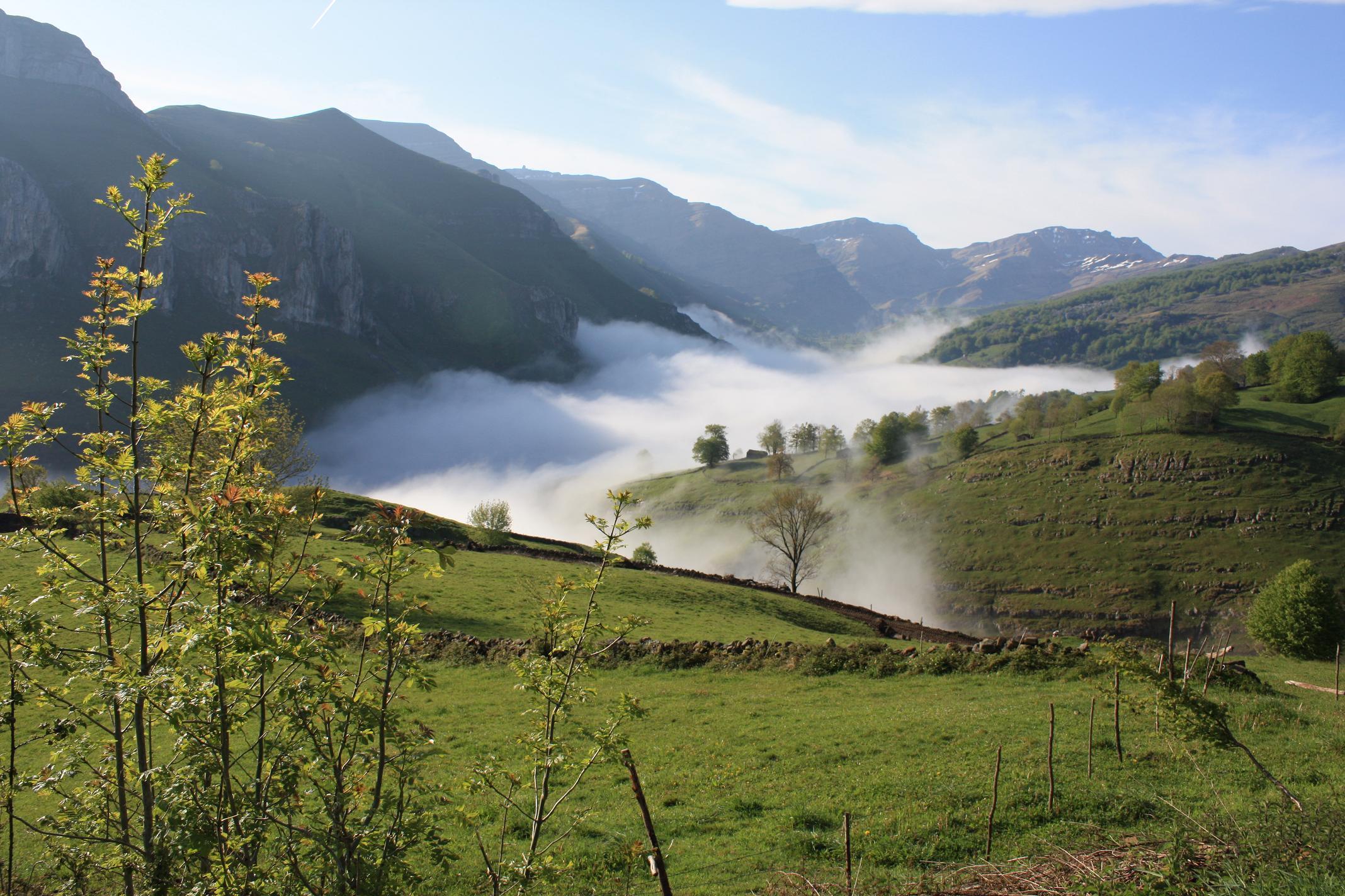 Valle del rio miera agroturismo albergue alto miera - Contactos cerdanyola del valles ...